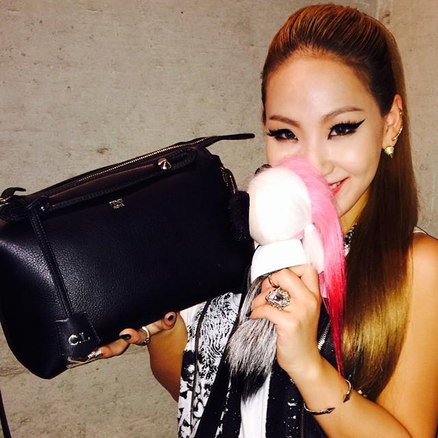 CL : Un rendez-vous avec mini KARL aujourd'hui !!! Merci pour ce #FENDI spécial #KARLITO#BYTHEWAY@fendi_official