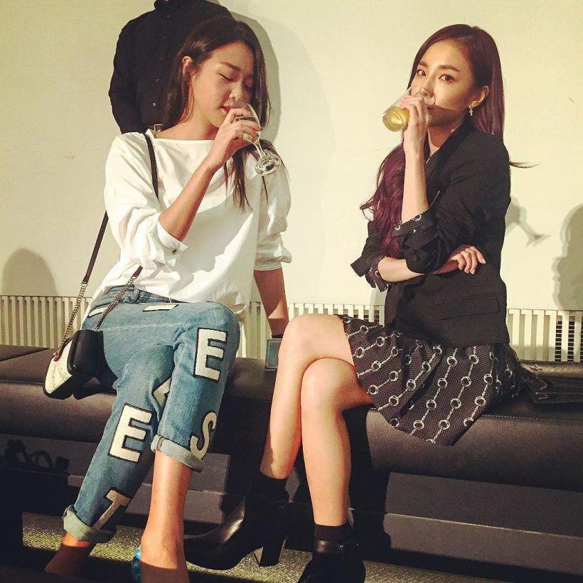 Avec la top model Seunghyunnie~~~ 😝 Concept du jour~ fille snob !!! ㅋㅋ #lanvin avec hyoni