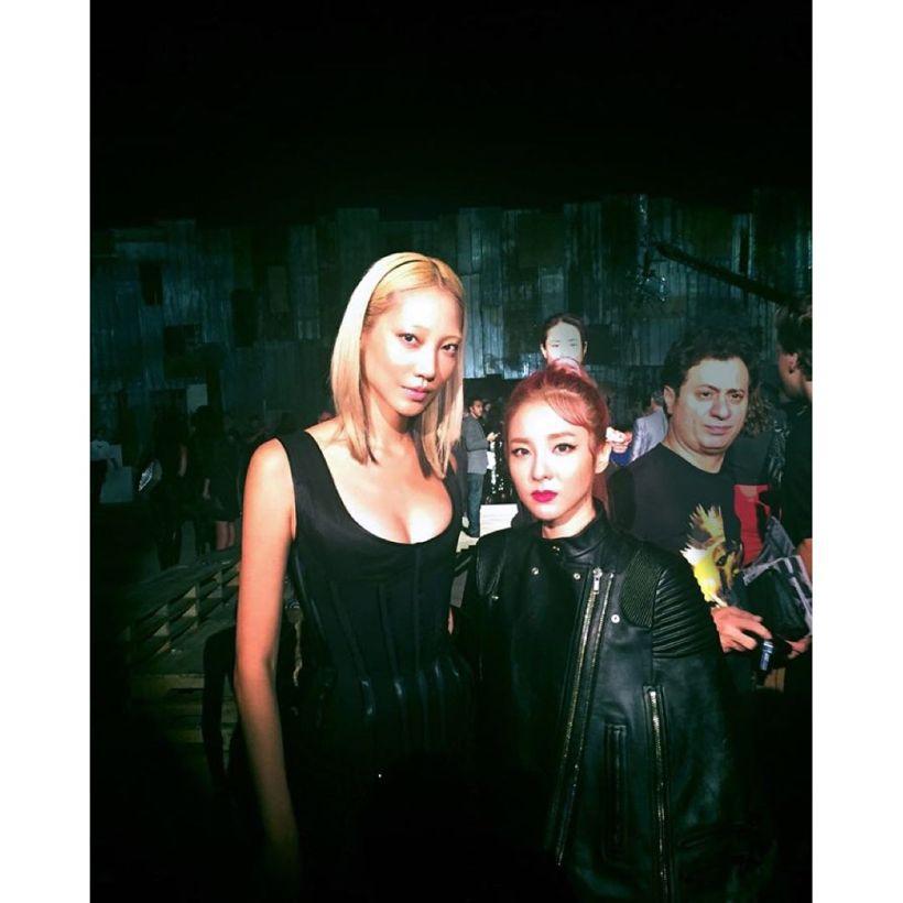Dara : Avec @soojmooj 😃👍 Enchantée enchantée !!! #grtnyc17 #nyfw