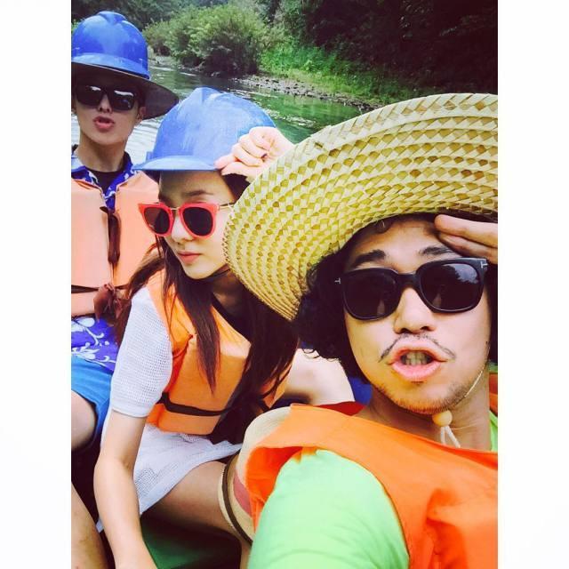 Dara: L'aventure continue....!!! 👊 (en coréen & en anglais)